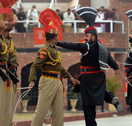 TOPSHOT-INDIA-PAKISTAN-POLITICS