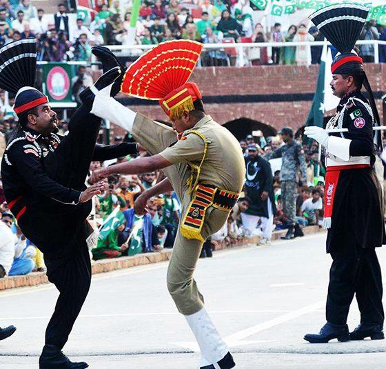 TOPSHOT-INDIA-PAKISTAN-POLITICS-INDEPENDENCE
